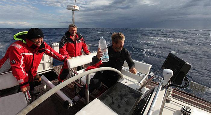Nicht immer schönes Wetter – die Crew kämpfte mit den Tücken der Antarktis und galt vier Tage als vermisst.