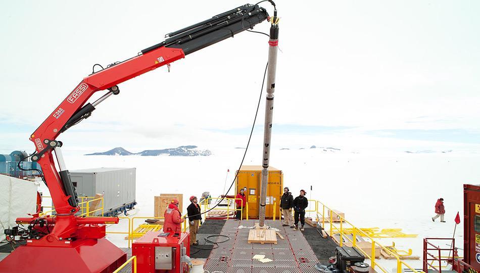 Ein Sauberer Zugang ist ein wichtiger Bestandteil des WISSARD Projekt, alle Instrumente sind so gehandhabt dass keine Verunreinigungen in das unberührte subglaziale Umfeld gelangen. Wenn allen Komponenten vollständig zusammengesetzt sind, ist das Rohr der Anfangsöffnung mehr als 40 m lang.